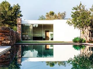6 bedroom Villa in Santa Eulalia Del Río, Balearic Islands, Ibiza : ref 2259648, Es Codolar