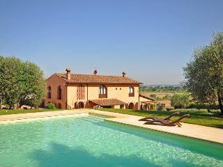 Villa in Empoli, Tuscany, Italy