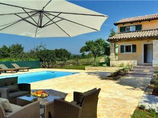 4 bedroom Villa in Rovinj, Istria, Croatia : ref 2265283, Bale
