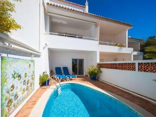 3 bedroom Villa in Vale Do Lobo, Algarve, Portugal : ref 2265922