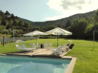 5 bedroom Villa in Lucca, Tuscany, Italy : ref 2265934