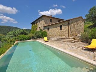 3 bedroom Villa in Montalcino, Tuscany, Italy : ref 5476920