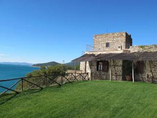 5 bedroom Villa in Talamone, Tuscany, Italy : ref 2266024