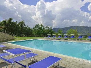 6 bedroom Villa in Monterchi, Tuscany, Italy : ref 5476946