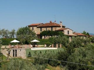 7 bedroom Villa in Monsummano Terme, Tuscany, Italy : ref 2266231