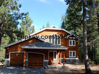 Beautiful, Luxury Retreat, Surrounded by Trees in, Truckee