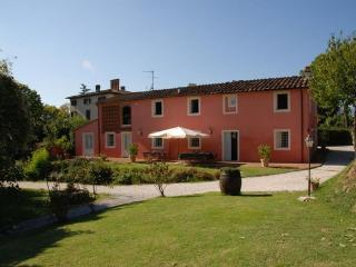 6 bedroom Apartment in Lucca, Tuscany, Italy : ref 5477311