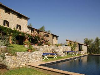 4 bedroom Villa in Lucca, Tuscany, Italy : ref 5477310