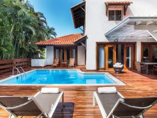 Enchanting 3 BDR Villa, Casa de Campo, La Romana
