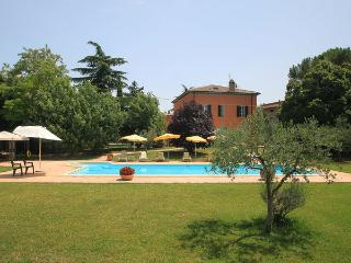 6 bedroom Villa in Bettona, Umbria, Italy : ref 2269014