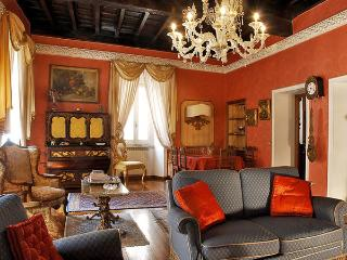 4 bedroom Apartment in Rome, Latium, Italy : ref 2269216, Colonna