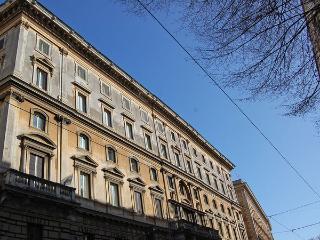 4 bedroom Apartment in Rome, Latium, Italy : ref 5476960
