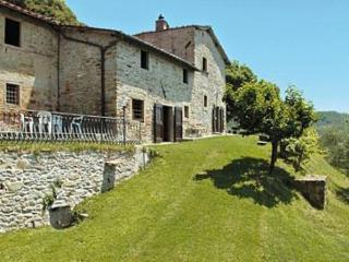 6 bedroom Villa in Borgo San Lorenzo, Tuscany, Italy : ref 2269864