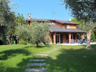 Villa in San Felice Del Benaco, Lombardy, Italy, San Felice del Benaco