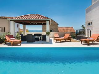 5 bedroom Villa in Omis, Omis, Croatia : ref 2278879
