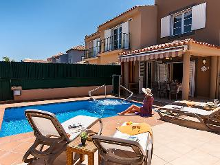 4 bedroom Villa in Maspalomas, Gran Canaria, Canary Islands : ref 2283799, Meloneras