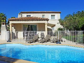4 bedroom Villa in Saint Cyr Les Lecques, Cote d Azur, France : ref 2284899, Saint-Cyr-sur-Mer