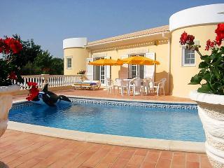 6 bedroom Villa in Porches, Algarve, Portugal : ref 2284964