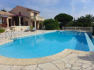 Villa in Saint Aygulf, Cote D Azur, France, Saint-Aygulf