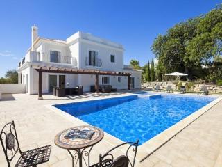 4 bedroom Villa in Boliqueime, Algarve, Portugal : ref 2291349