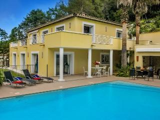 4 bedroom Villa in Roquefort-les-Pins, Cote D'azur, France : ref 2291505, Roquefort les Pins