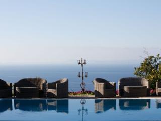 6 bedroom Villa in Massa Lubrense, Amalfi Coast Campania, Italy : ref 2291562