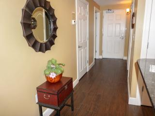 Special:10% OFF March and April - 15th floor beachfront condo w/beach chairs, Panama City Beach