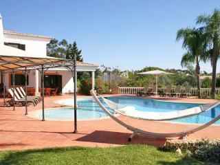 7 bedroom Villa in Carvoeiro, Algarve, Portugal : ref 2293534