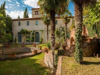6 bedroom Villa in Sinalunga, Siena and surroundings, Tuscany, Italy : ref