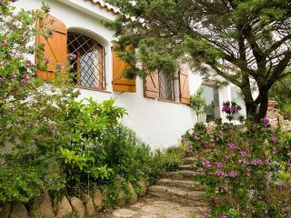 3 bedroom Villa in Arzachena, Sardinia, Italy : ref 2294031