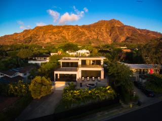 Relaxed Home in Oahu's best neighborhood, Honolulu