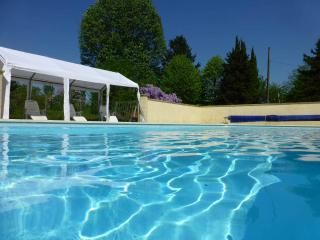 5 Bed 4 bath Family house with swimming pool., Chatellerault