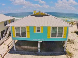 Cute 4 BD Beachfront Cottage, Make 'Our Place' Your Place, Gulf Shores