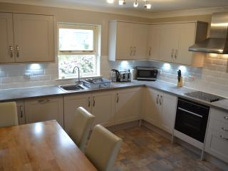 Brand new, fully equipped integrated kitchen installed May 2016