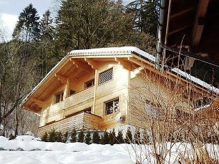 5 bedroom Apartment in Zweisimmen, Bernese Oberland, Switzerland : ref 2296986