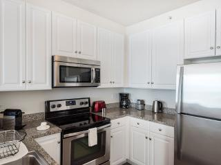 Sunny 1 Bedroom, 1 Bathroom Paulus Hook Apartment - Modern Interior, Jersey City