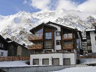 4 bedroom Apartment in Saas Fee, Valais, Switzerland : ref 2298895, Saas-Fee