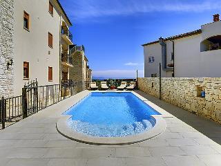 6 bedroom Villa in Medulin Liznjan, Istria, Croatia : ref 2299152