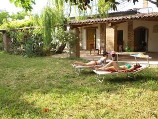 Villa immersa nella campagna a pochi km dal mare., Campomarino