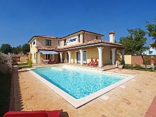 4 bedroom Villa in Butkovići, Istria, Croatia : ref 5052743