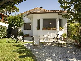 3 bedroom Villa in Forte dei Marmi, Versilia, Lunigiana and sourroundings