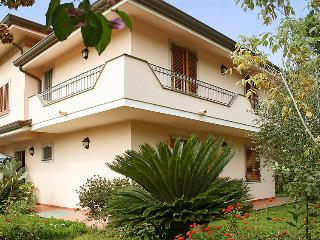 5 bedroom Villa in Forte dei Marmi, Tuscany, Italy : ref 5055096