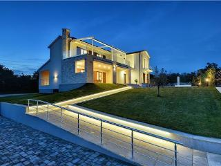 5 bedroom Villa in Jursici, Istria, Croatia : ref 2301518