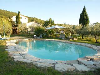 4 bedroom Villa in Cortona, Tuscany, Italy : ref 2301577