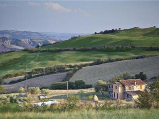 5 bedroom Villa in Radicofani, Tuscany, Italy : ref 2302081