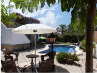 Viila del Mar , 2 bedroom, 25m from the beach, Els Poblets