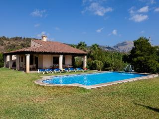 Catalunya Casas' Villa Coloma for 6 guests, only 500m to Old Town Pollensa!