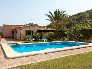 3 bedroom Villa in Pollença, Mallorca, Mallorca : ref 4012