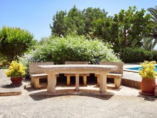 5 bedroom Villa in Cas Concos, Cala Dor, Mallorca : ref 4412