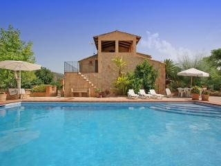 5 bedroom Villa in Sant Llorenç Des Cardassar, Mallorca : ref 4472, Illetes